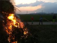 Osterfeuer-20140419-201145-800